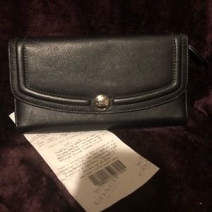 New Coach Black Leather Trifold Wallet